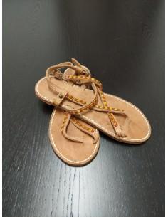 Sandali incrociati