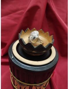 Anello in argento con pietra ovale in pietra di agata screziata