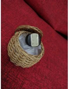 Anello in legno di ebano  con inserto rettangolare in argento