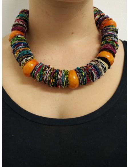 Collana multicolor in stoffa, ambra  e onice nero