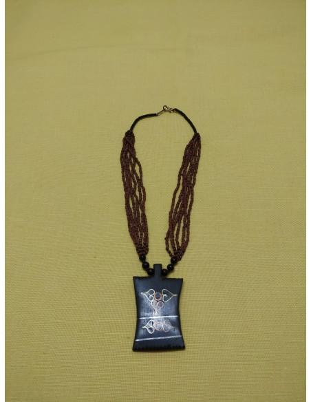 Collana con perline in onice nero, perline tipo corallo
