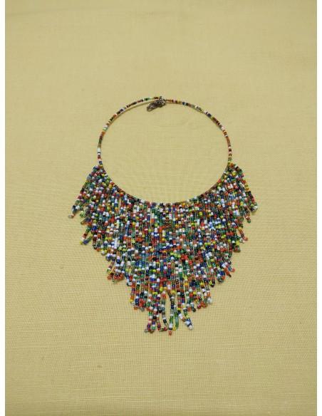Collana semirigida con perline multicolor
