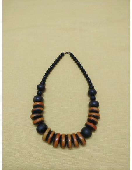 Collana con dischi di legno bicolore - palline di lego e perle