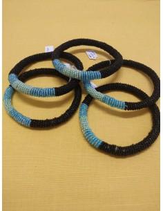 Bracciale perline col. nero, azzurro e celeste