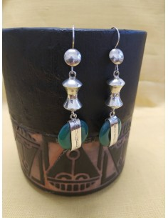 Orecchini pendenti in argento e agata verde