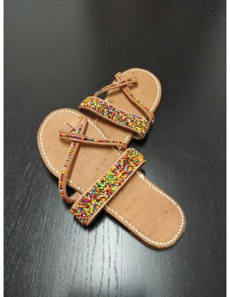 Borsa di juta e sandali colorati