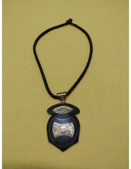 Collana in pelle con ciondolo in legno di ebano e argento